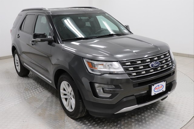 Pre Owned 2017 Ford Explorer Xlt Suv In Conroe R8730 Gullo Ford